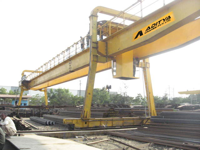 Goliath & Semi Goliath Cranes Manufacturer and Supplier